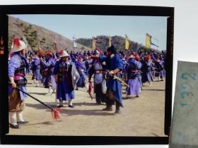 1322  电影明星 美女 剧照反转片 《双雄会》1984年  操练士兵