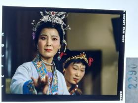 2290  京剧史料 戏剧 电影名家剧照反转片 《哪吒》1983年  哪吒妈妈李夫人