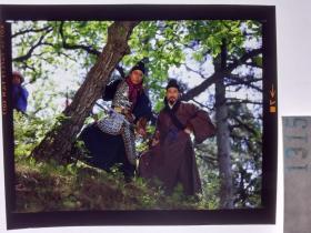 1315  电影明星 美女 剧照反转片 《双雄会》1984年  二位英雄