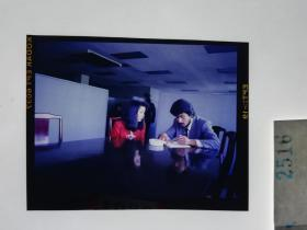 2516 警匪刑侦类 明星 美女 电影剧照反转片  《出生入死》  1990年