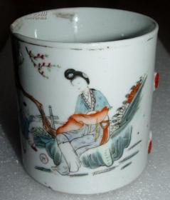 茶杯  (高9.4cm径8.7cm)
