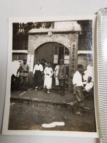 来自侵华日军联队在河北省,山西省等相册,建筑,日军,女人,人力车,照片有石家庄日本小学字样