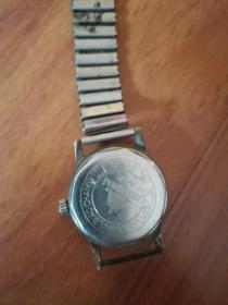 老上海A-581手表(少见的金色表盘,表链已损坏,表不走时)最早期的上海表