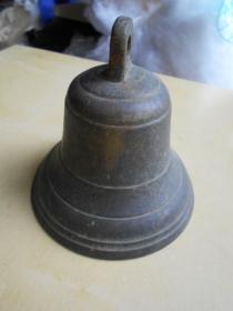 民国【1920年生产的小铜钟】高11.2厘米