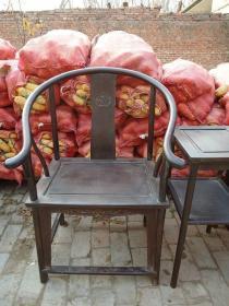 传世的紫檀圈椅3件套
