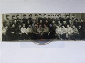 太原太钢业余文工团全体演员合影留念(80年代)