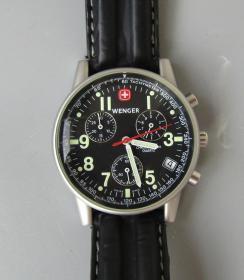 瑞士军刀石英腕表