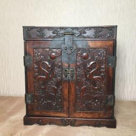 清代早期海南黄花梨浮雕雕龙官箱一件