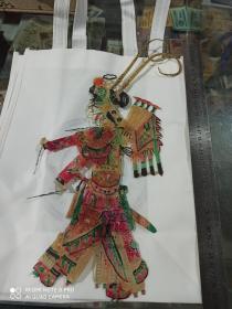纯驴皮皮影 老皮影,高约38厘米,纯手工刻制,上色精美,国粹艺术传承,做工考究,品相如图,包老保真