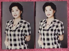 北京电视台制片人、导演、主持人 田歌 老照片二枚