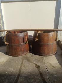 下乡收来以前卖米卖面的 柏木挑了一套 柏木桶,上面都有年号  完整  卖正常使用