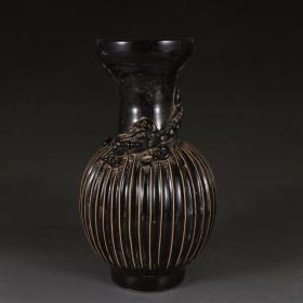 磁州窑黑釉龙纹瓶