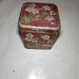 一品牌颜料(英商卜内门洋碱有限公司)。老铁筒盒