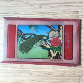 老玻璃画 孔雀 镜框脱落 余干县印刷厂出品
