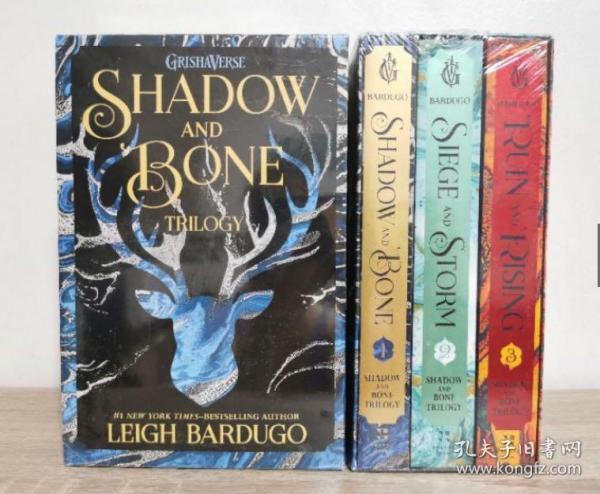 预售太阳的召唤三部曲平装The Shadow and Bone Trilogy Boxed Set : Shadow and Bone, Siege and Storm, Ruin and Risi