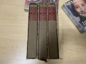 (贴藏书票,配书匣,存 sandglass)The Life of Samuel Johnson(with comments by Mrs. Piozzi)   鲍斯威尔《约翰逊博士传》,3卷全,王佐良说是英语中最完美的传记,董桥:英国人都爱鲍斯韦尔的《约翰逊传》,爱佩皮斯的《日记》,说是最佳床边名著。 著名的Heritage Press 出版,布面精装,重约3公斤,1963年老版书