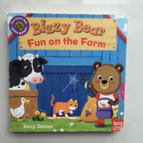 英文原版  Bizzy Bear: Fun on the Farm [Board book]  儿童绘本  纸板书
