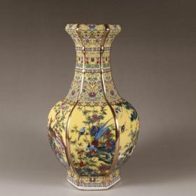 清珐琅彩黄釉花鸟六方花瓶
