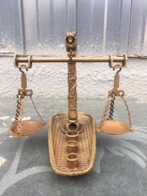 铜制簸萁盘龙柱天平秤、做工精致、器型别致、全品如图! 重1.3斤