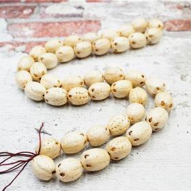 天然菩提项链全长70厘米珠子直径1.5厘米