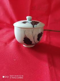 松泉款青花加彩茶盖碗一件