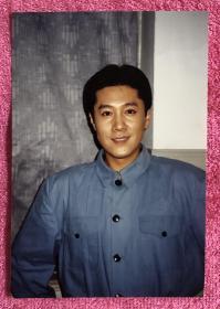 著名歌手 蔡国庆 生活老照片一枚