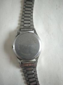 老手表一块