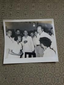 毛主席接见武汉大学武大师生的原版照片