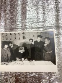 815    ;著名书法家:赵冷月、胡问遂、任政、周慧珺、孟庆甲等:照片