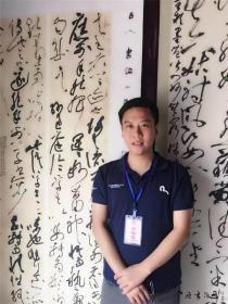 王玺,中国书法家协会会员,上海市书法家协会理事,中国书法第七届兰亭奖金奖,中国书法第六届兰亭奖铜奖。