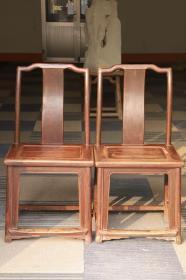 民国时期榉木靠背椅一对,做工精湛,皮壳老辣,坐面41×49厘米,高93厘米