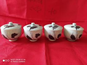 松泉款青花加彩茶盖碗一套四件