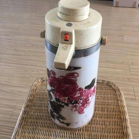 老热水瓶 按压式 可正常使用