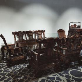 条纹乌木沙发八件套 纹理为黑色带有浅色条纹 沙发206*70*110   椅子89*70*110 茶桌165*80*50      小桌60*52*62