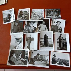 128开主席黑白宣传照片15张不同