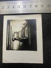 民国时期美女护士在工作老照片