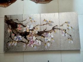 四屏油画(长160厘米,宽80厘米)