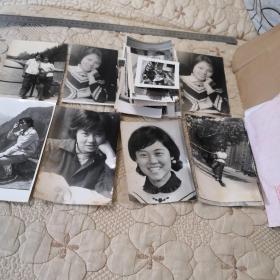 老照片  (大小150张,下面标注尺寸是最大的照片尺寸,全部老照片)岁月流失,记录时代的变迁  黑白相片