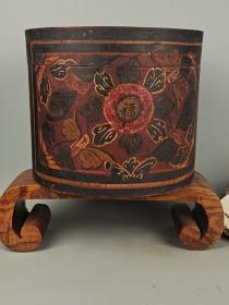 清代木质圆帽盒,纯手工绘画,自然包浆,保存完正,品相尺寸如图,包老保真