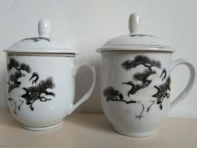 醴陵釉下彩手绘松鹤瓷茶杯一对(之二)