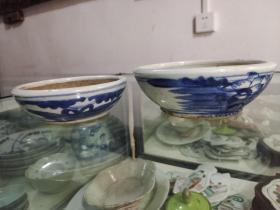 中医收藏,品相一流,清代中期青花瓷药钵两个