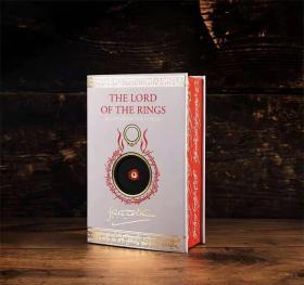 预售新版魔戒指环王 特装版 英版 双色印刷 书边刷色 The lord of the rings single volume illustrated edition