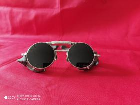 早期防风眼镜(骑行眼镜)