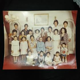 老照片《全家福》超大彩色照片 七八十年代左右 香港结婚全家照 私藏 品如图..