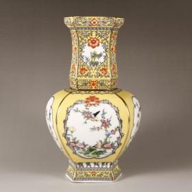 清珐琅彩黄釉花鸟六方瓶