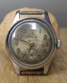 日内瓦actua,阿克托15钻,北京2型,最早是bs,华成手表,品如图。