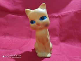 胶皮猫猫(不会叫叫了)