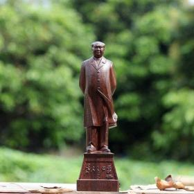 天然黑檀木木雕毛像摆件整个木头做成高15厘米
