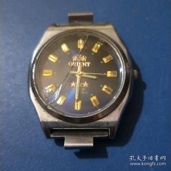 日本东方双狮电子表(腕表270)