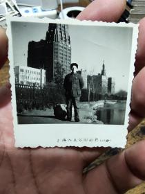 60年上海人民公园留影——照片